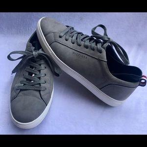 Men's Tommy Hilfiger Gray Suede McNeil Sneaker